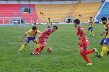 Wilstermann Cooperativas se despide de su hinchada con derrota ante Universitario