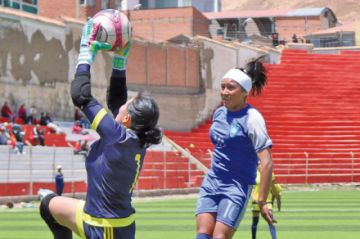PAT golea a Leonas y pasa de fase en la Copa Femenina
