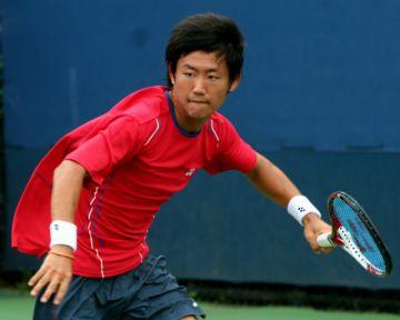 El japonés Nishioka elimina a Fritz