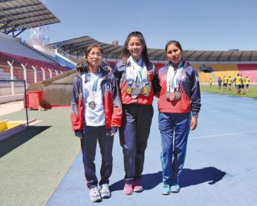 Rollano, Puma y Luna continúan cosechando medallas para Potosí