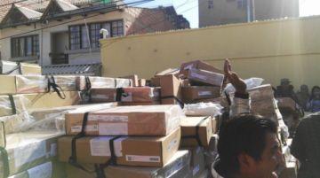 Vecinos resguardan material electoral que estaba en depósito