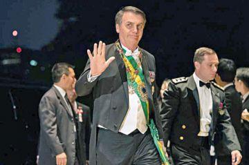 Senado de Brasil aprueba reforma de las pensiones