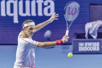 Federer pasa a cuartos en Basilea