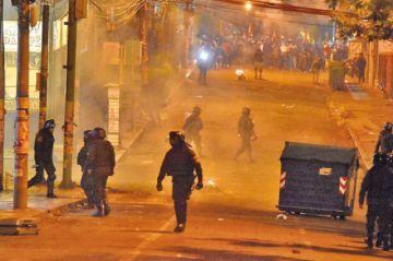 La Paz: violencia llega a las puertas del TSE