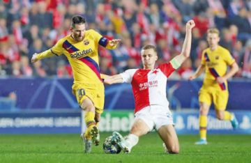 """Barcelona vence a Slavia en el estadio """"Eden Arena"""" en la tercera jornada de la Champions"""