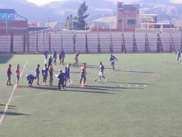 El equipo Real Potosí entrena en Las Delicias