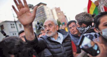 Carlos Mesa denunciará fraude ante el TSE