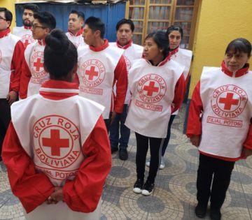 Cruz Roja pide que se permita el paso de ambulancias y socorristas