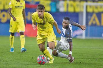 """Villarreal golea a Alavés en el estadio de """"La Cerámica"""""""