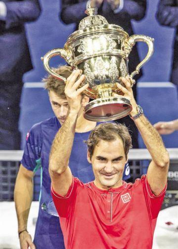 Roger Federer conquista Basilea por décima vez