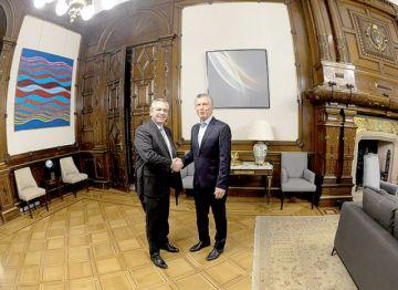 Imponen cepo al dólar tras elección argentina
