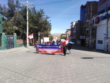 Docentes de la universidad marchan por las calles potosinas