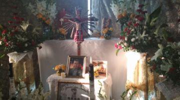 Familias potosinas reciben a sus visitantes en Todos Santos