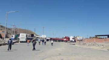 Garitas de acceso a la ciudad siguen bloqueadas