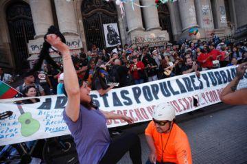 La tensión baja en Chile a la espera de nuevas movilizaciones