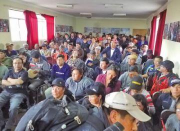 Organizaciones potosinas van a La Paz por la renuncia de Morales