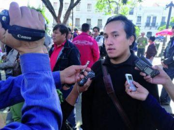 Cívicos de 2 Departamentos anuncian marcha a La Paz