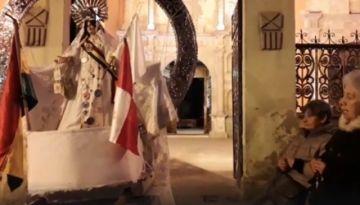 Católicos oran por la paz en el atrio del templo de la Merced
