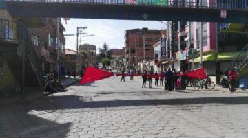 Los bloqueos persisten y se incrementan en la ciudad
