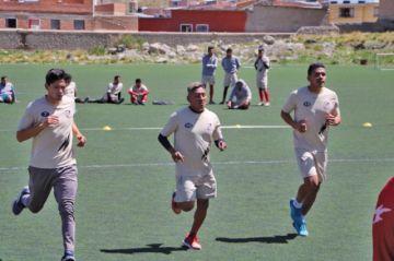 Nacional Potosí se da modos para cumplir con el trabajo diario