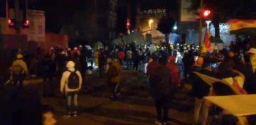 La tensión vuelve a cercanías de la Plaza Murillo