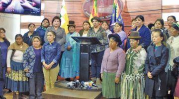 Piden justicia por violencia contra las Bartolinas y la alcaldesa de Vinto
