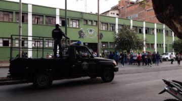 La policía se amotina en Cochabamba