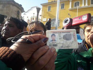 Interceptan a infiltrado que recibía pagos por hacer activismo para el gobierno