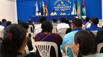 Evo está en el trópico de Cochabamba y se reúne con sus bases