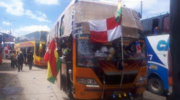 Maestros urbanos parten a La Paz tras emboscada