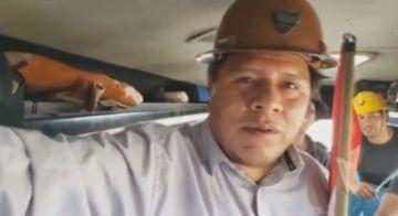 Alcalde de Potosí sigue en la caravana hacia La Paz