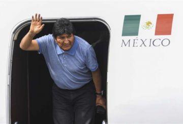 Evo Morales llega a México: 'Mientras tenga la vida, seguiré en política'