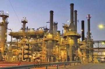 Trabajadores de refinería declaran enemigos al presidente y gerentes de YPFB