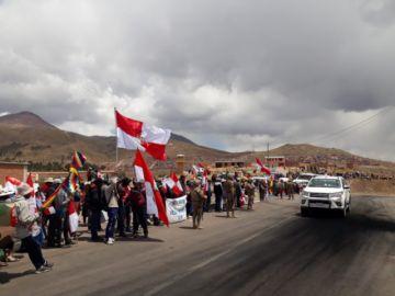 Caravana de la democracia ingresa a Potosí