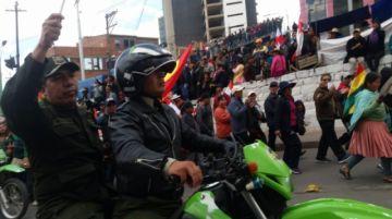 Potosí recibe a la caravana de la democracia