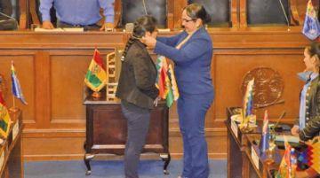 Eva Copa, del MAS, es la nueva presidenta del Senado