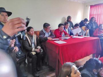 Potosí cambia de estrategia en su protesta: de paro a vigilias