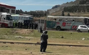 URGENTE: Caravana de universitarios de Sucre ya pasó por Betanzos