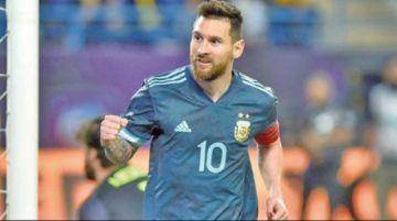 """Messi le da la victoria a Argentina en el """"superclásico de las Américas"""""""