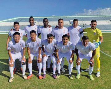 Real Santa Cruz y Municipal van por el primer paso en la Copa Simón Bolívar