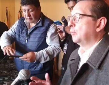 Ortiz habla sobre el trabajo de la comisión de constitución