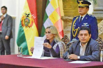 Áñez envía proyecto de ley al Legislativo para convocar a elecciones