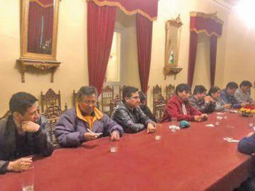 Afines al MAS instalarán un diálogo con el Gobierno