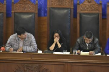 El MAS pide inmunidad para Evo Morales y todas las exautoridades
