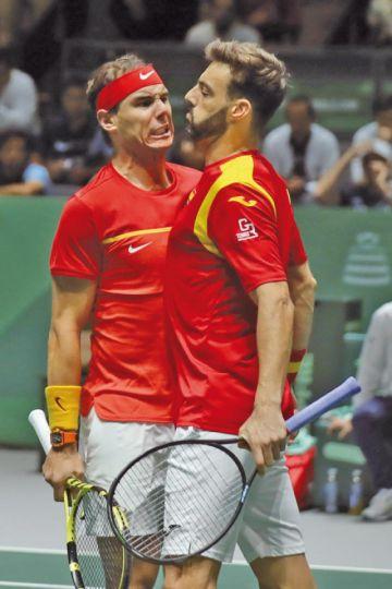Nadal dobla y España logra las semifinales