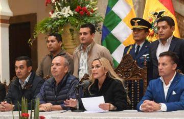 Añez advierte que no promulgará ley que da amnistía a Evo Morales  y Álvaro García Linera