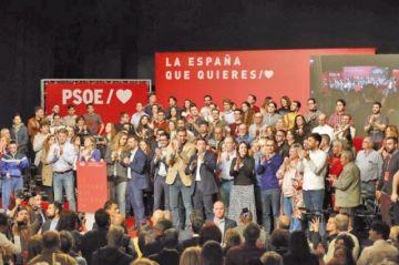 Militancia del PSOE apoya acuerdo político