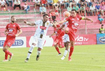 El Tigre goleó a Guabirá en su casa y se pone a cuatro puntos del líder
