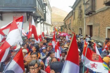 Los cívicos ratificaron marcha por la pacificación de Bolivia