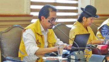 Siñani vuelve al Concejo tras cesarse su detención domiciliaria
